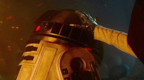 Des explications sur le rôle de R2-D2 dans le Réveil de la Force !