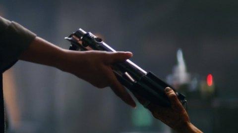 Les voix entendues dans la vision de Rey sont enfin décodées