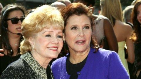 Vidéo:  L'hommage des Golden Globes à Carrie Fisher et Debbie Reynolds