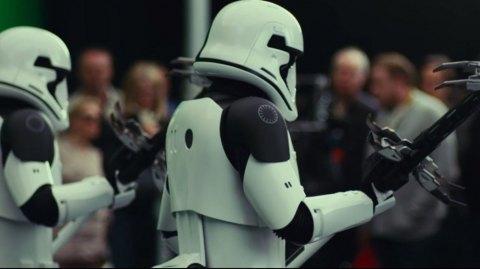 Des images inédites des Stormtroopers Exécuteurs et des Porgs !