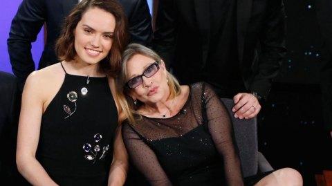 Daisy Ridley revient sur sa dernière scène avec Carrie Fisher