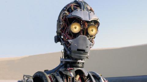 Lucas avait imaginé la création de C-3PO par un jeune garçon dès 1977