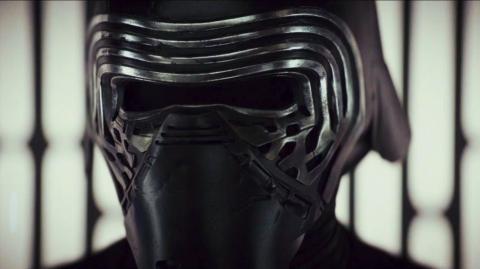 Rumeurs sur le casque de Kylo Ren et nouveau droïde dans l'épisode IX