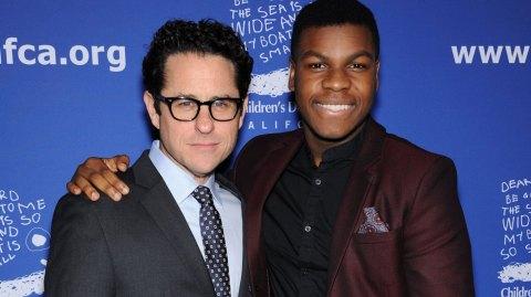 J.J Abrams a offert un casque de Stormtrooper Spider-Man à John Boyega