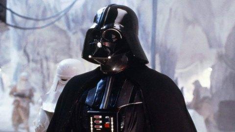 Le costume porté par Dark Vador dans l'épisode V mis aux enchères