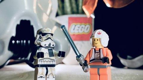 Planète Star Wars se lance dans la Guerre Digitale Lego Star Wars !