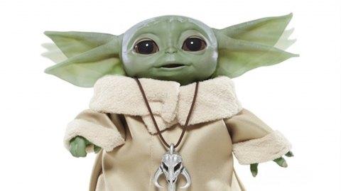 Hasbro présente un Bébé Yoda animatronique