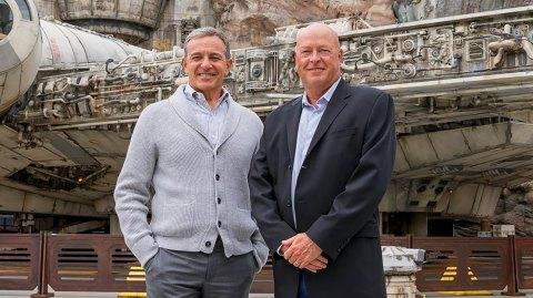 Bob Iger cède sa place de PDG à Bob Chapek à la tête de Disney