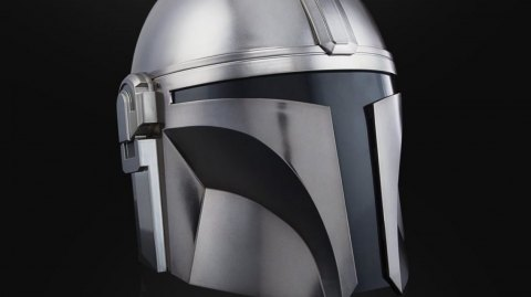 Hasbro présente son casque Black Series de The Mandalorian