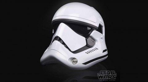 Le casque des stormtroopers du Premier Ordre débarque chez Hasbro