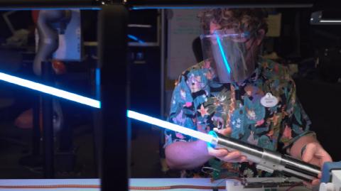 Walt Disney Imagineering Innovation réinvente le sabre laser